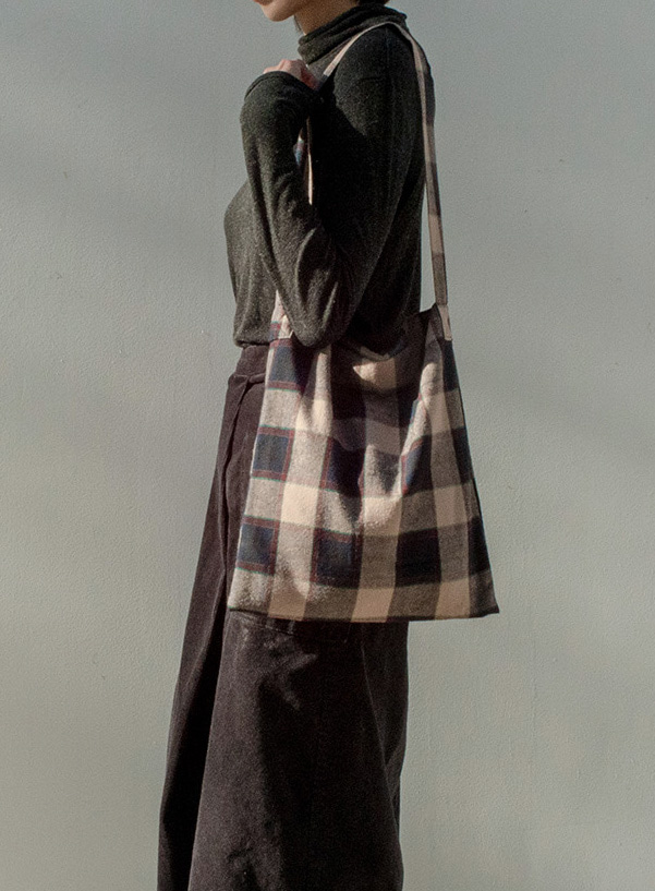[15% OFF] NOSTALGIC PLAID BAG (BEIGE)
